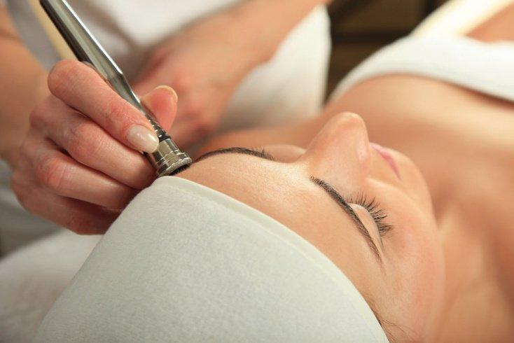 Чистая кожа: салонные процедуры от черных точек