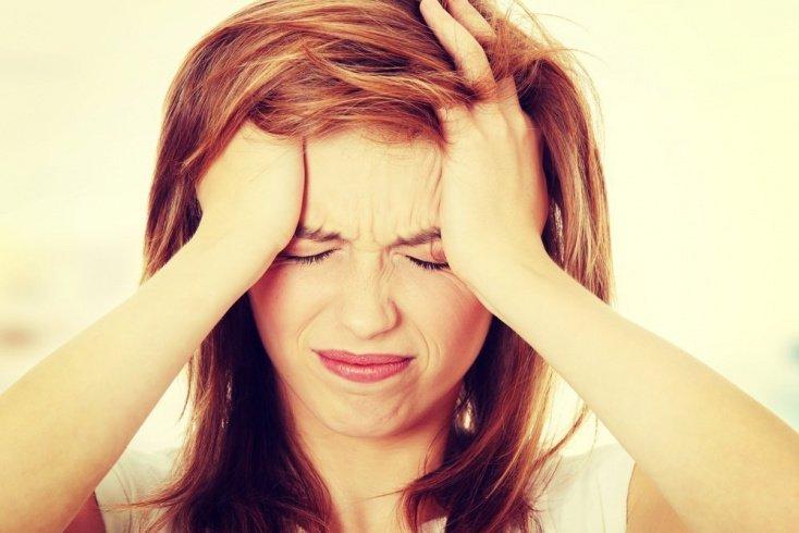 Причины боли: стресс, напряжение, инфекции
