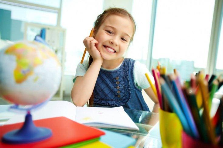 Как собрать в школу первоклассника и подростка
