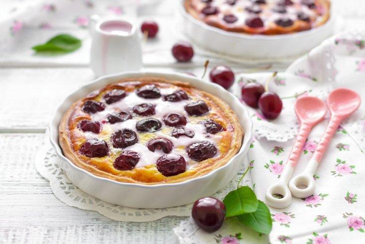 Французский десерт: вишневый клафути