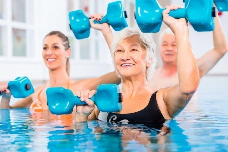 Водный комплекс упражнений для укрепления мышц
