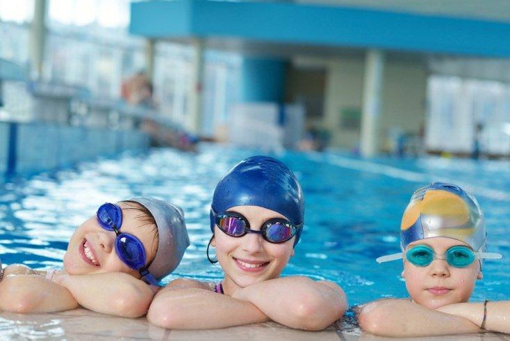 Преимущества занятий в бассейне для детей и подростков
