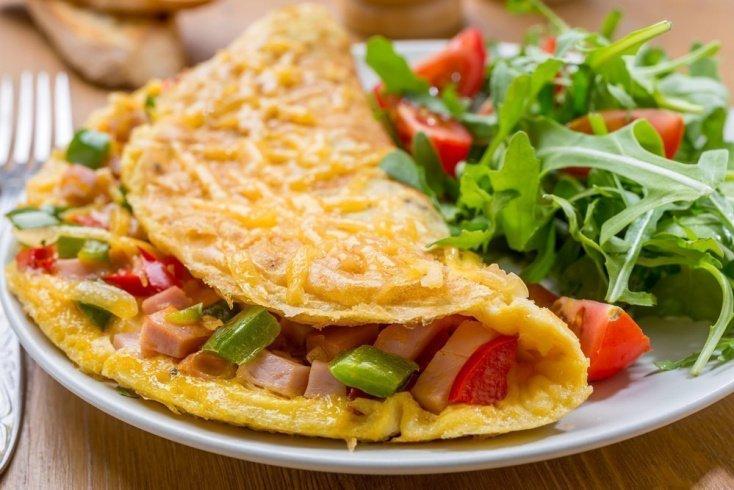 Здоровое питание: в каком виде давать ребенку сыр?