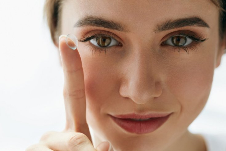Красота и здоровье: при каких болезнях от линз лучше отказаться?