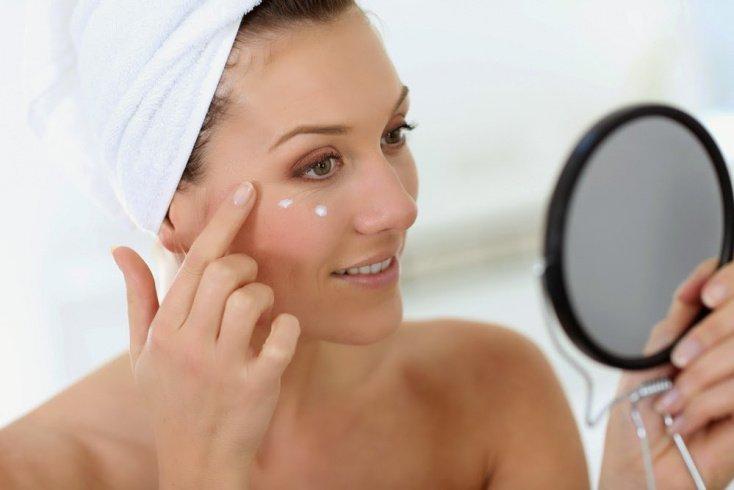 Визуальное омоложение кожи: увлажняем и тонируем