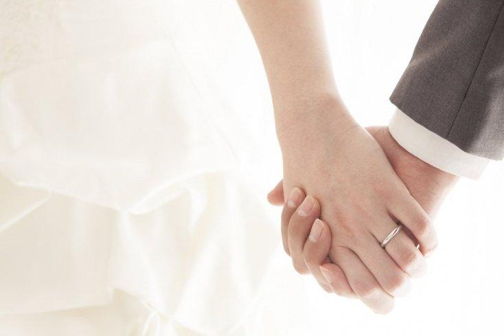 Генетические родители должны быть законными супругами