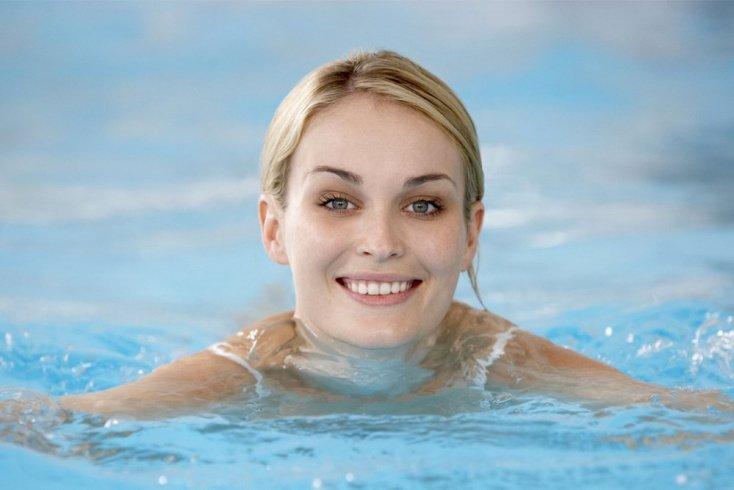 Снижение веса с помощью плавания