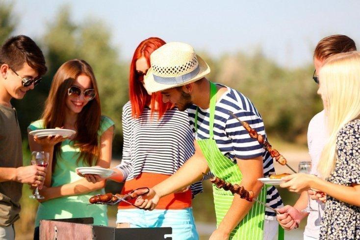 Летнее питание: пикник с шашлыками и кулинарная география