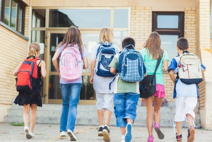 Вежливое поведение в школе или детском саду