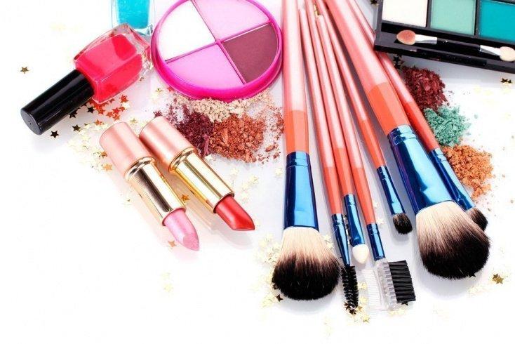 Секреты выбора матовых теней для макияжа