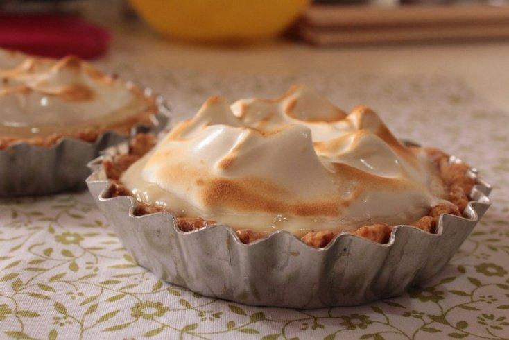 Время и температура выпечки десерта строго индивидуальны