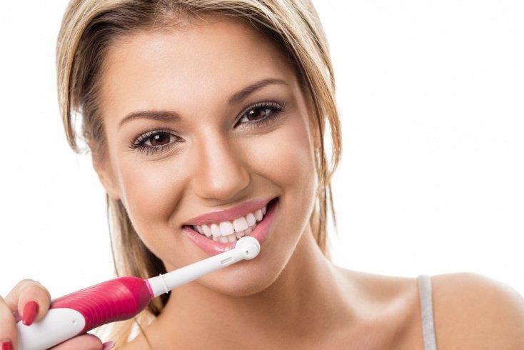 Ошибка № 3: В применении электрических зубных щеток