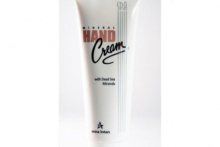 Крем для рук Mineral Hand Cream with Dead Sea Minerals Источник: beautybonus.ru