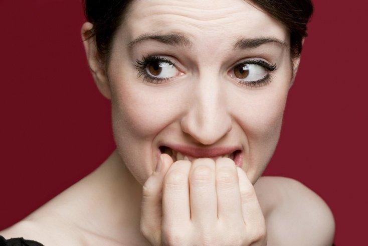 Миф 3: Привычка грызть ногти на руках может привести к прекращению роста ногтевых пластин