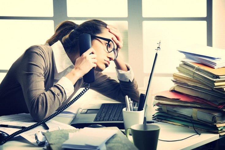 Факторы стресса и причины выгорания у представителей «помогающих» профессий