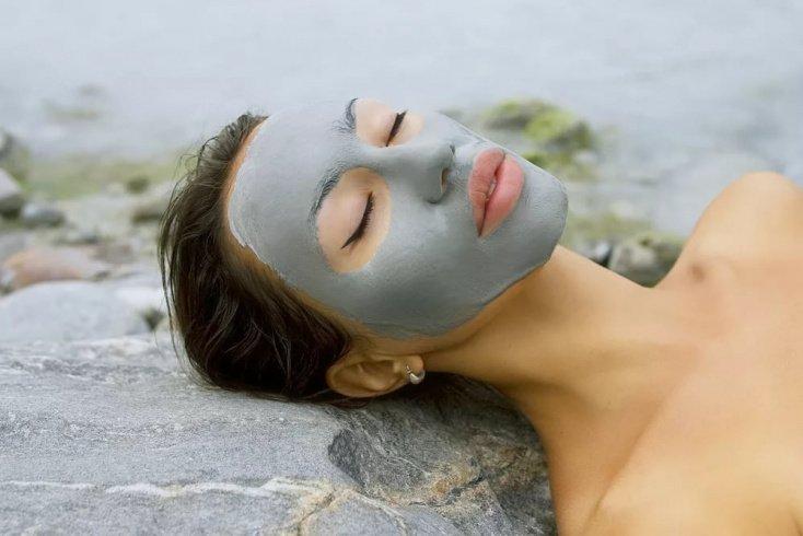 Белая и голубая глина для проблемной кожи: какую выбрать?
