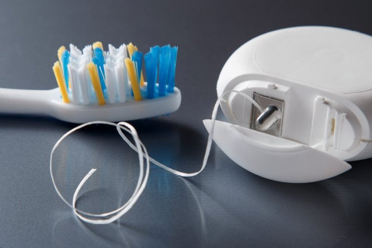 Средства и предметы для ухода за полость рта