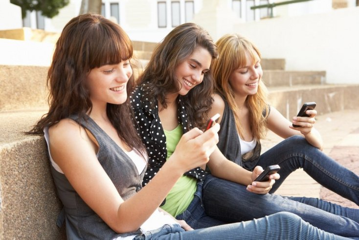 Признаки вовлечения подростка в опасную группу