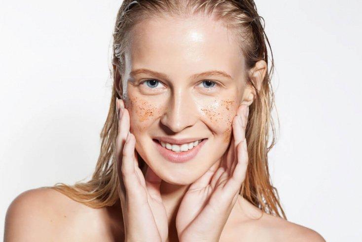 7. Чрезмерное очищение кожи