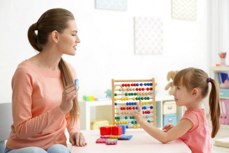 Почему могут появляться проблемы с речевым развитием ребенка