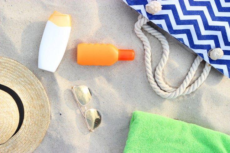 Профессиональная косметика — кому пригодится в отпуске?
