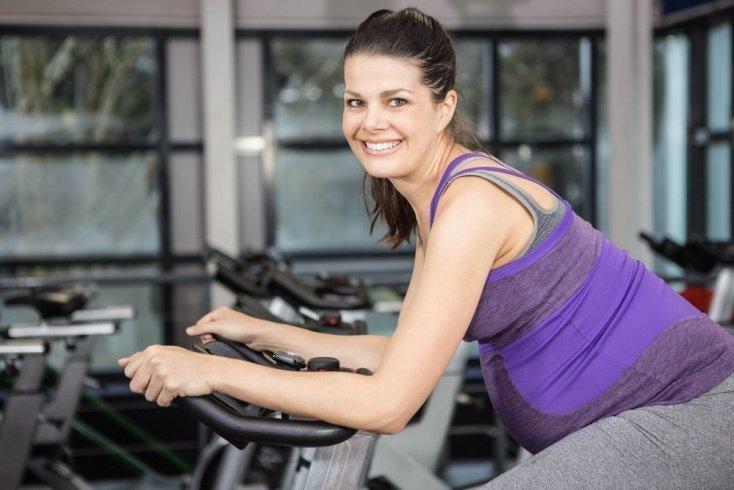 Велотренажер — отличная альтернатива велосипеду