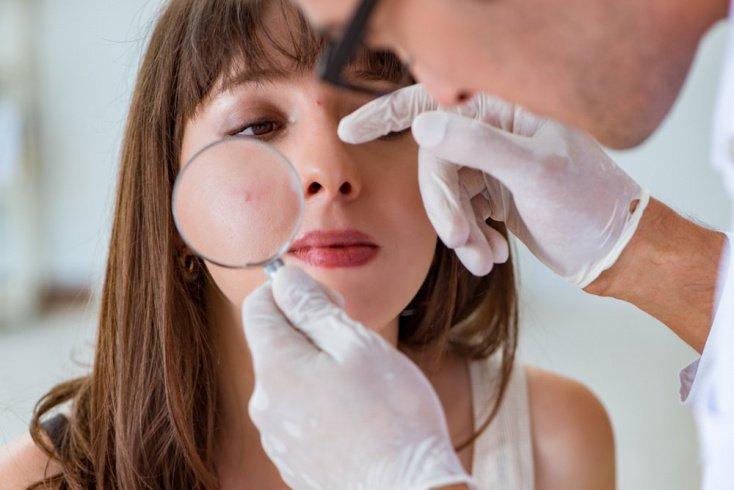 Советы по выбору косметики от врачей