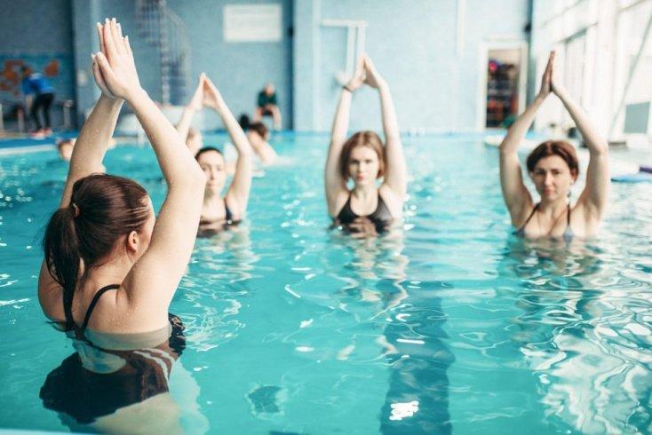 Занятия в бассейне: плюсы и минусы