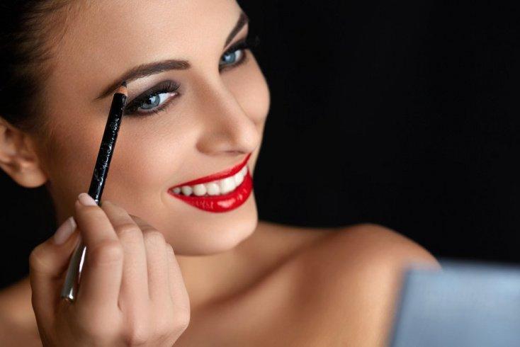 Урок рисования: макияж бровей по всем правилам