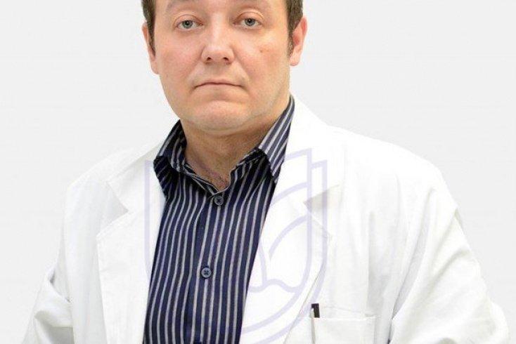 Беляков Юрий Янович, врач высшей категории, руководитель отделения онкологии Клинического госпиталя на Яузе