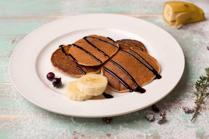 Десерт для детей и взрослых: банановые оладьи