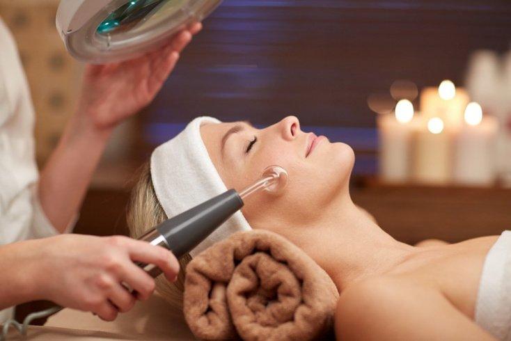 Вакуумная чистка для красоты и здоровья кожи