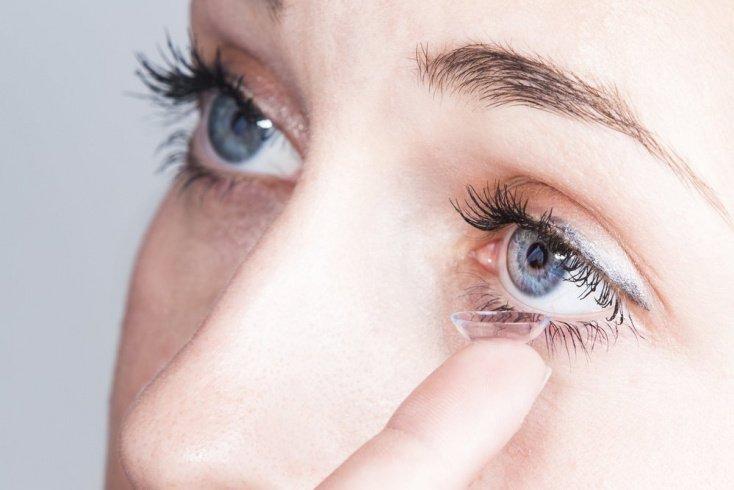 Основы пользования контактными линзами для сохранения красоты глаз