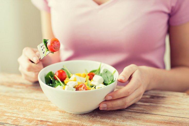 4. Вы едите слишком часто, даже если не голодны