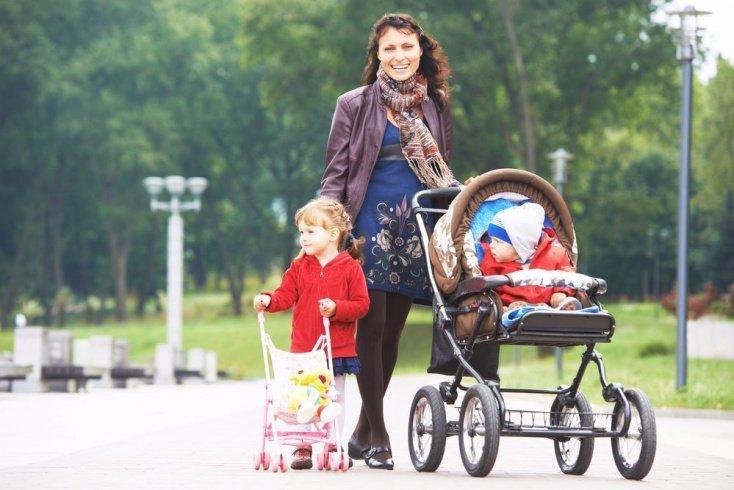 Сон на прогулке: здоровье мамы и ребенка?
