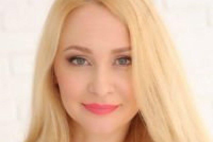 Ольга Ваганова, владелица бренда косметики OLIcosmetics