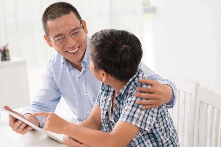 Полезные привычки, которые помогут отвлечь детей от планшета