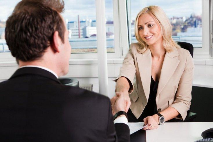 Психология серьезных отношений на работе: 7 правил