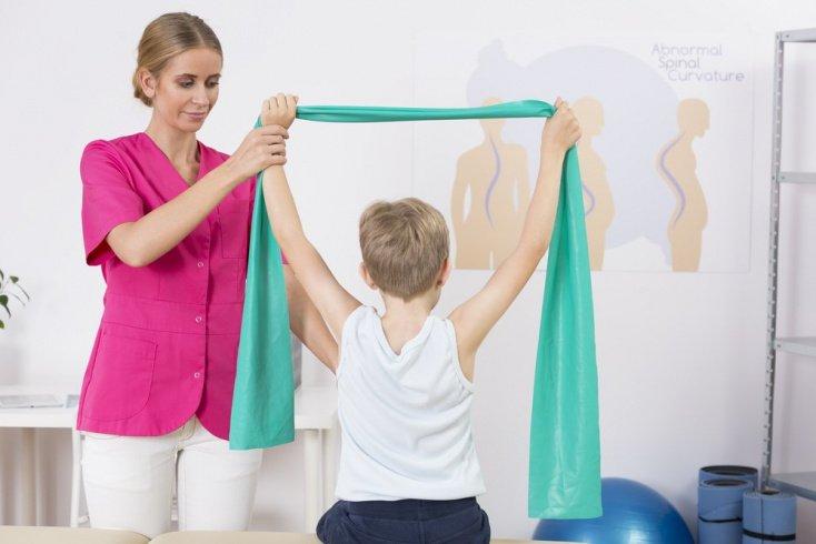 Детский сколиоз: методы лечения