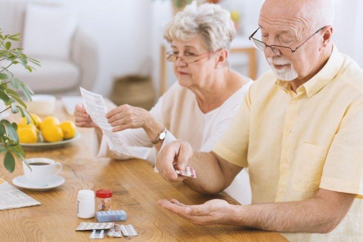 Прием некоторых лекарств, противопоказанных при болезнях вен