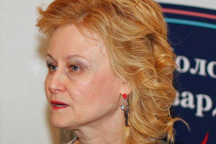 Дарья Донцова, победившая болезнь на 4 стадии Источник: wikimedia.org