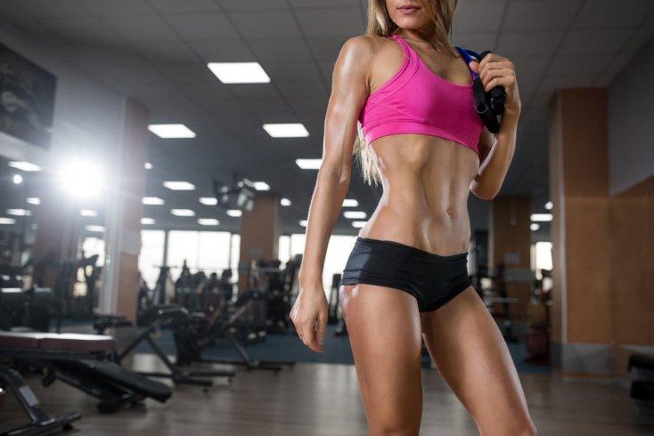 Фитнес-тренировка с эспандером «бабочкой» для верхней части тела