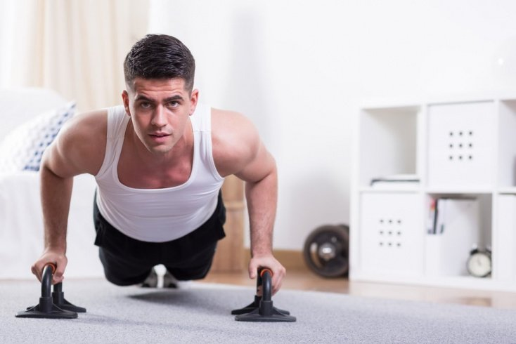 Фитнес дома для прокачки грудных мышц