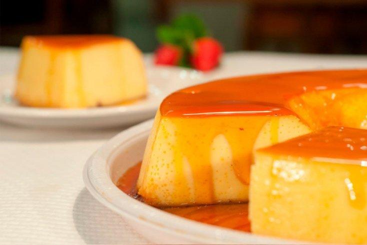 Пудинг с изюмом и манкой: рецепт сытного десерта