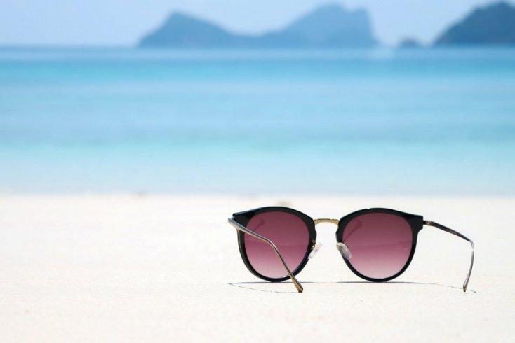 Защита зрения от УФ-излучения