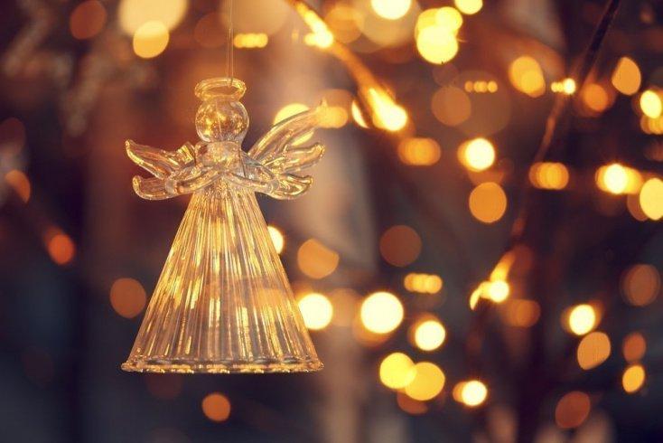 Украшение дома и праздничные стихи
