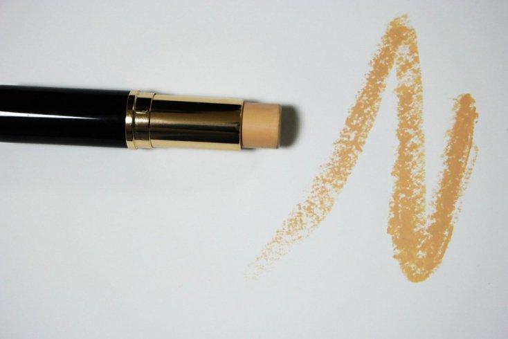 Желтый: выровненный оттенок кожи