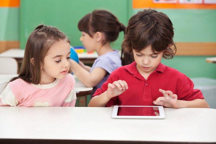 Что можно сделать, чтобы компьютер не заменил ребенку общение в реальном мире?