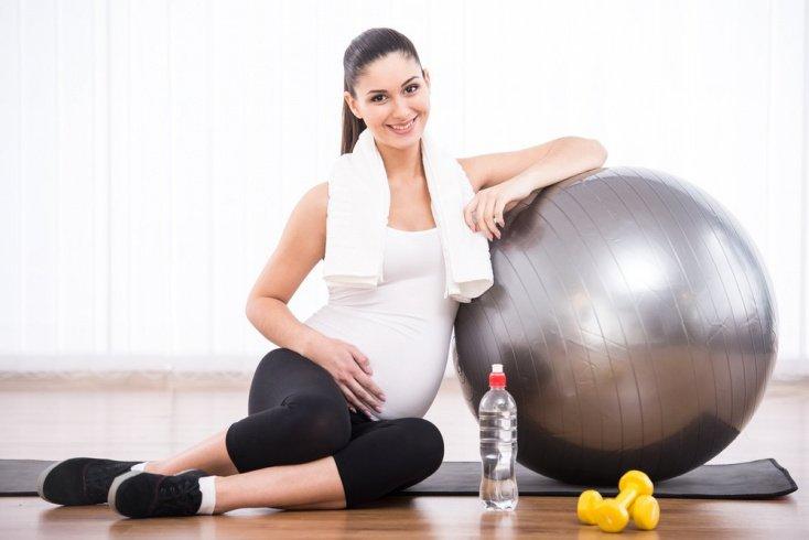 Занятия фитнесом во время беременности: основные правила