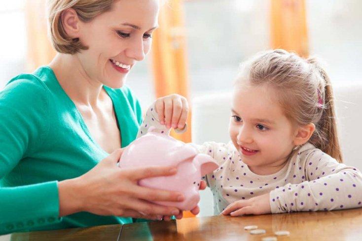 Как привить здоровое отношение к деньгам